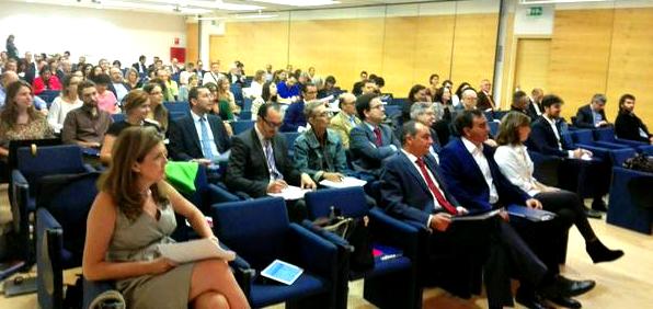 foto gente twitter Resumen del I Encuentro Empresarial de Ética y RSE de Valencia