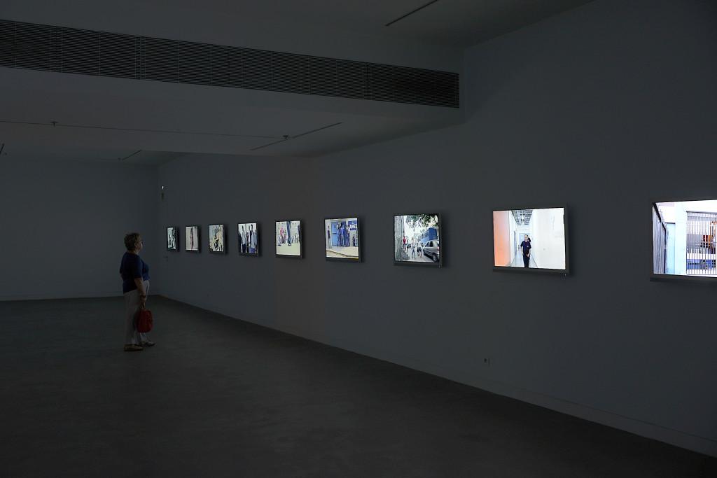 """Foto5 de soluciones de Audiovisuales Nunsys en la Exposición de Harun Farocki """"Empatía"""" en la Fundación Antoni Tapies de Barcelona"""